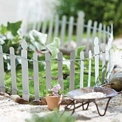 White Hamptons Metal Fence For Miniature Fairy Gardens-60""
