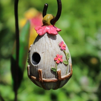 Flowering Birdhouse for Miniature Fairy Gardens