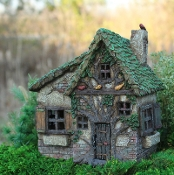 Woodsy Way Fairy House With Swinging Door