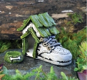 Baby Shoe Dog House With Dog Bowl For Miniature Fairy Gardens