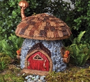 Shingleton Mushroom Fairy House for Miniature Gardens
